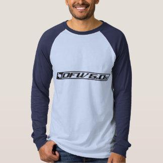 Raglán largo básico de la manga camiseta