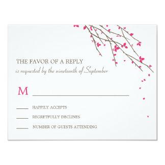 Ramas florecientes que casan la tarjeta de RSVP - Anuncio