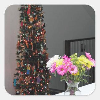 Ramo y árbol de navidad coloridos de la flor pegatina cuadrada