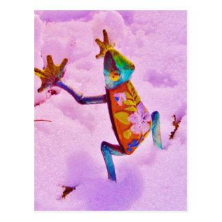 Rana del arco iris de la flor en nieve del color postal