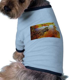 Rana mugidora del arte camiseta con mangas para perro