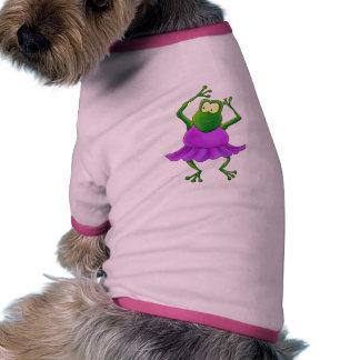 Rana púrpura del baile del tutú de la bailarina camisetas de perrito