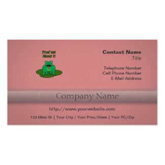 Rana verde - la rana consigue sobre ella tarjetas de visita