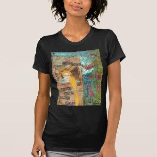 Rapunzel, soñando camiseta