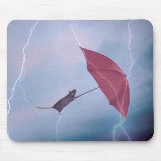 Rata en una tormenta Mousepad Alfombrilla De Ratón