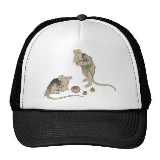 Ratones en consejo gorros bordados