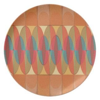 Raya ondulada del color platos