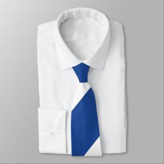 Raya regimental amplia azul y blanca del país corbata