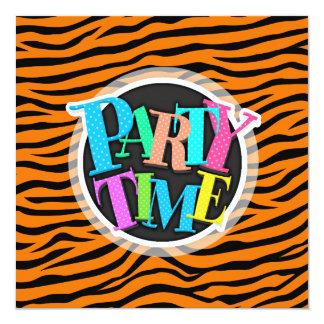 Rayas anaranjadas y negras del tigre del estampado invitación 13,3 cm x 13,3cm