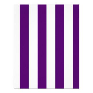 Rayas - blancas y violeta oscura invitacion personal