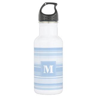 Rayas de azules cielos del monograma botella de agua