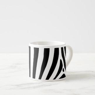 Rayas de la cebra en diseño blanco y negro del mod taza de espresso
