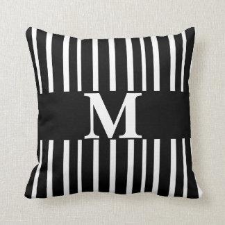rayas elegantes modernas de la almohada de encargo