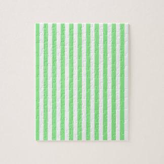 Rayas finas - blancas y verdes claras puzzle
