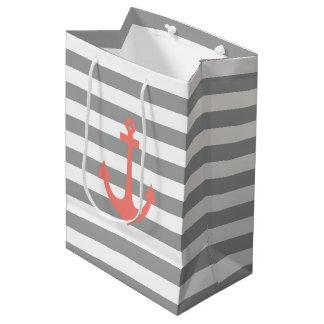 Rayas grises y blancas con el ancla náutica bolsa de regalo mediana