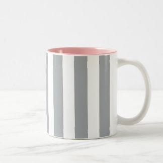 Rayas grises y blancas taza bicolor