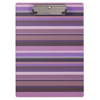 Rayas horizontales de color de malva carpeta de pinza