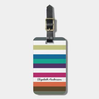 Rayas horizontales grandes y nombre del arco iris etiquetas para maletas