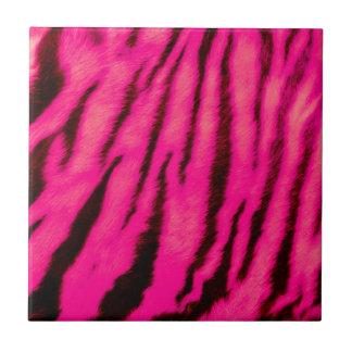 Rayas rosadas salvajes y vibrantes del tigre azulejo cuadrado pequeño