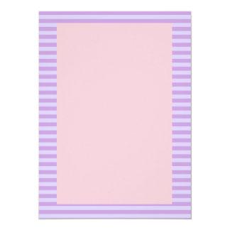 Rayas violetas, fondo rosado comunicado personal
