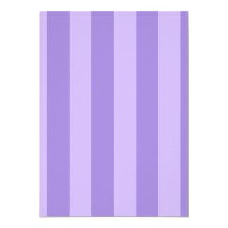 Rayas - violetas y violadas claras invitaciones personales