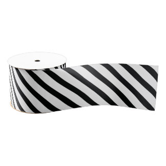Rayó (diagonal negra y del blanco el |) cualquier lazo de tela gruesa