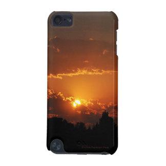 Rayos de oro de la puesta del sol funda para iPod touch 5G