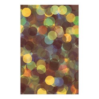 Rayos multicolores del modelo de la luz tarjetas publicitarias