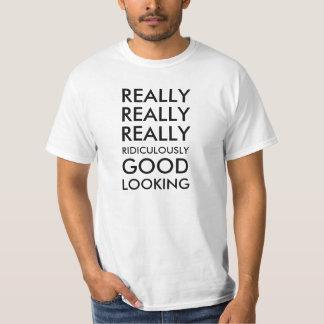 Realmente realmente realmente ridículo apuesto camisetas