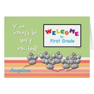 Recepción al 1r grado de ratones lindos del tarjeta de felicitación