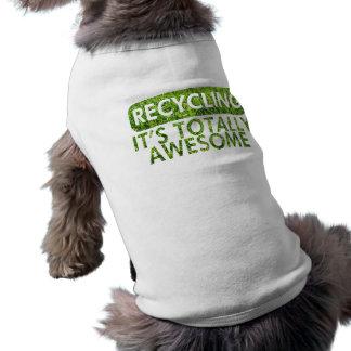 Reciclaje, es hierba verde impresionante camisetas de perrito