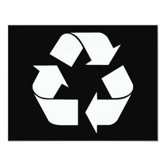 Reciclando el símbolo - blanco (para los fondos invitación 10,8 x 13,9 cm