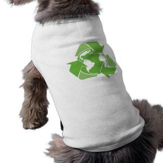 Recicle el verde de la tierra camiseta sin mangas para perro