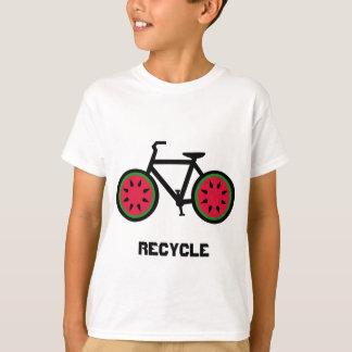 Recicle la camiseta de los niños del bycycle