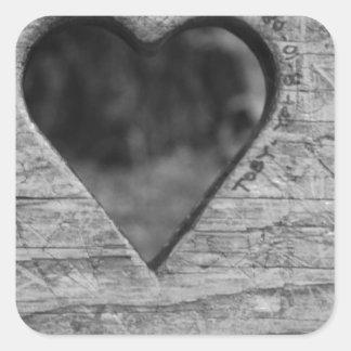 Recorte del corazón en madera pegatina cuadrada