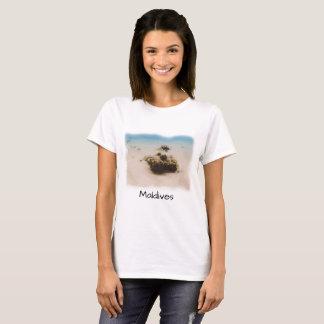 Recuerdo coralino de los pescados de Maldivas de Camiseta