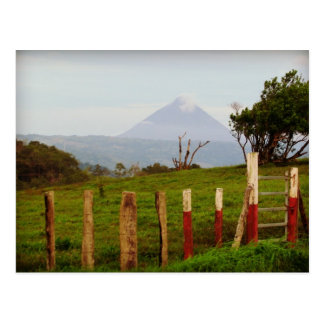 Recuerdo del volcán de Costa Rica Arenal Postal