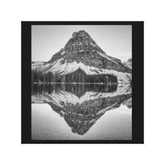 Reflexión de la montaña de Sinopah, Parque Lienzo
