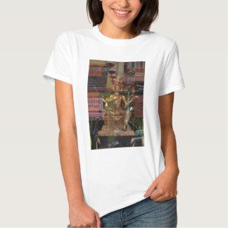 Reflexión de la ventana de Chinatown, San Camiseta