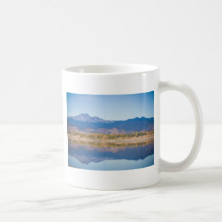 Reflexiones de la montaña rocosa de Colorado Taza De Café
