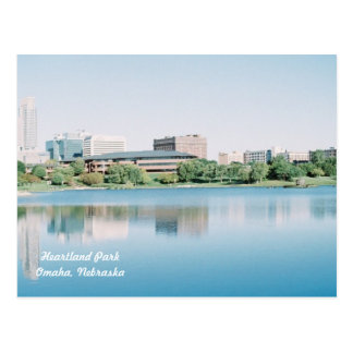 Reflexiones del parque Omaha, Nebraska del centro Postal