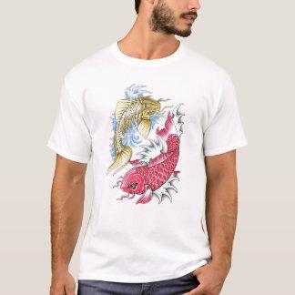 Refresque el tatuaje rojo de Yin Yang del oro de Camiseta