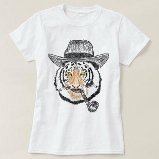 Refresque la camiseta diseñada los gatos del