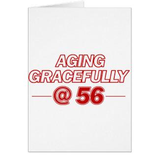 refresque los regalos de 56 años tarjeta