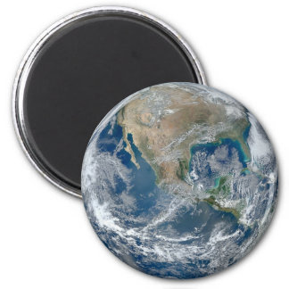 Refrigerador de la tierra del planeta o imán del
