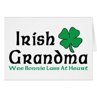 Regalo irlandés de la abuela tarjeta de felicitación
