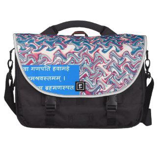 Regalo simbólico del texto del rezo sánscrito del bolsas de portatil