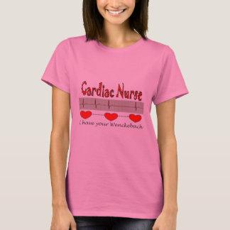 Regalos cardiacos de la enfermera camiseta
