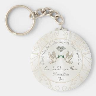 Regalos de boda personalizados baratos para las llavero redondo tipo chapa