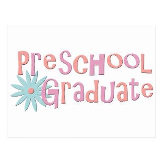 Regalos preescolares de la graduación del chica postales